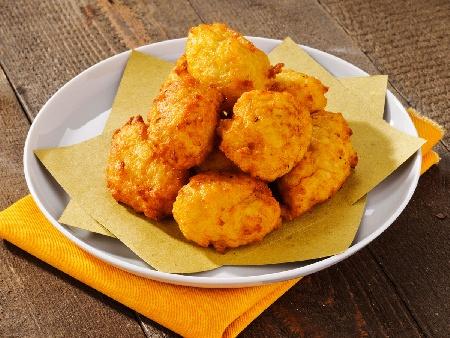 Пържени вегетариански оризови кюфтета с кашкавал и магданоз - снимка на рецептата